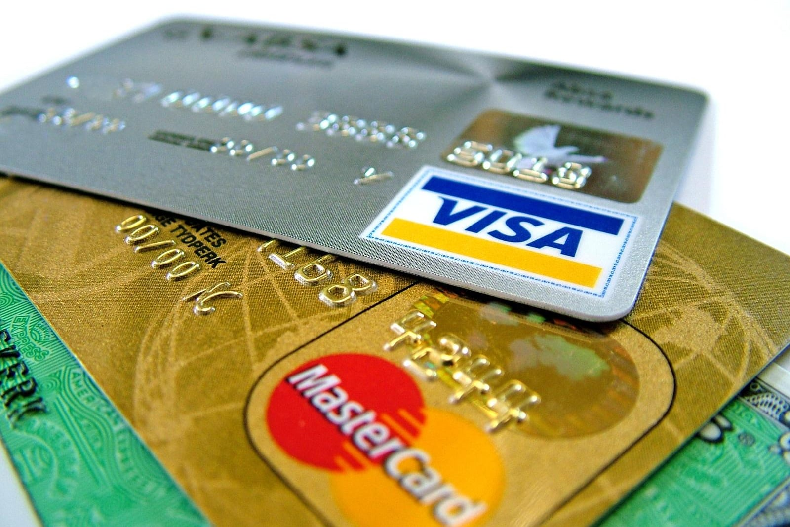 1509-Ex0001-credit-cards.jpg